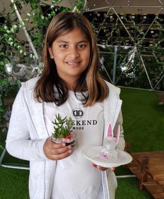 Terrarium & Easter bunny lolly jar